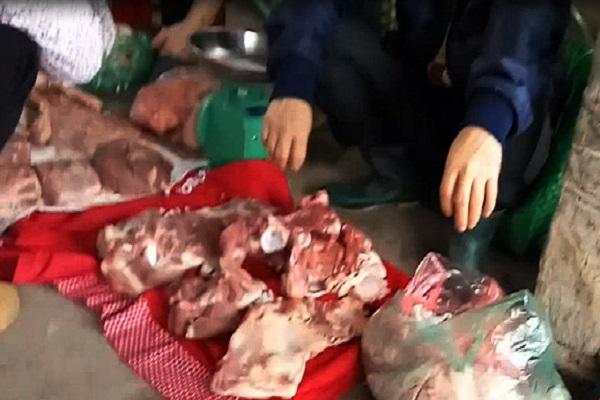 Bán thịt lợn bị ôi thiu sẽ bị xử phạt thế nào? Ảnh minh họa
